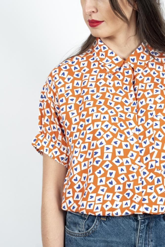 camisa corazones compañía fantastica la boheme palencia
