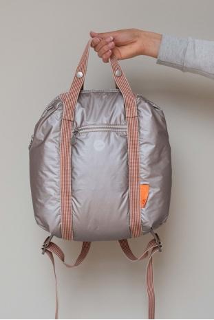 mochila ligera reflectaste de Tinne+Mia la boheme palencia